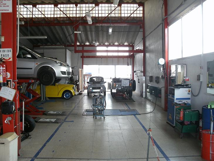 car repairers car servicing mallorca spain