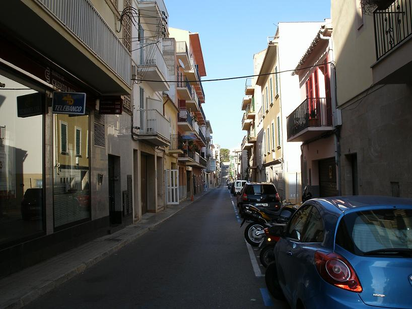 You are browsing images from the article: Porto Cristo Pictures